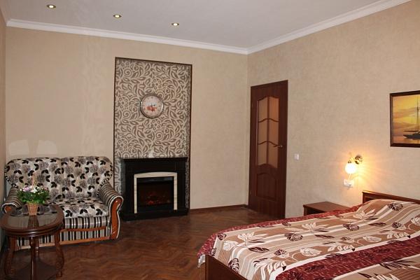 1-комнатная квартира посуточно в Львове. Галицкий район, ул. Чайковского, 10. Фото 1