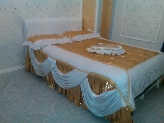2-комнатная квартира посуточно в Житомире. ул. Киевская, 74. Фото 1