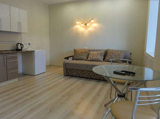 1-комнатная квартира посуточно в Харькове. Дзержинский район, ул. Культуры, 10. Фото 1