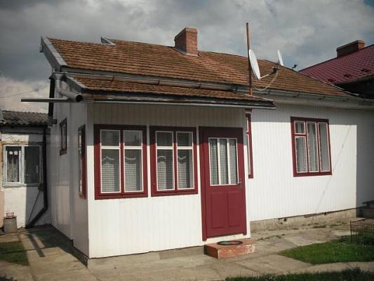 1-комнатная квартира посуточно в Сходнице. ул. Шевченка, 13. Фото 1