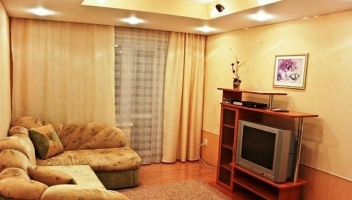 3-комнатная квартира посуточно в Никополе. ул. Трубников, 34. Фото 1