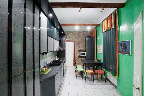 3-комнатная квартира посуточно в Львове. Галицкий район, ул. О. Кобылянской, 4. Фото 1