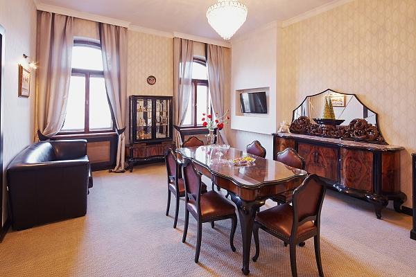 1-комнатная квартира посуточно в Львове. Галицкий район, пр-т Шевченко, 10. Фото 1