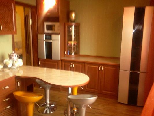2-комнатная квартира посуточно в Борисполе. ул. Мичурина, 2а. Фото 1