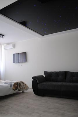 1-комнатная квартира посуточно в Киеве. Подольский район, ул. Наталии Ужвий, 12. Фото 1