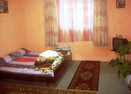 1-комнатная квартира посуточно в Берегово. ул. Виноградная, 12. Фото 1