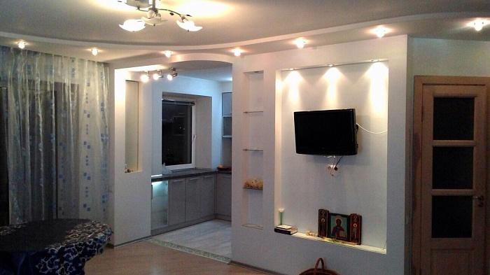 3-комнатная квартира посуточно в Ровно. пр-т Мира, 26. Фото 1