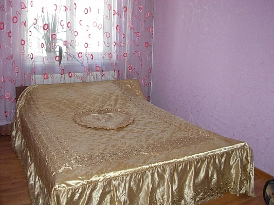 2-комнатная квартира посуточно в Виннице. Замостянский район, ул. Киевская, 122. Фото 1