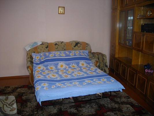 1-комнатная квартира посуточно в Каменце-Подольском. Пятницька, 5. Фото 1