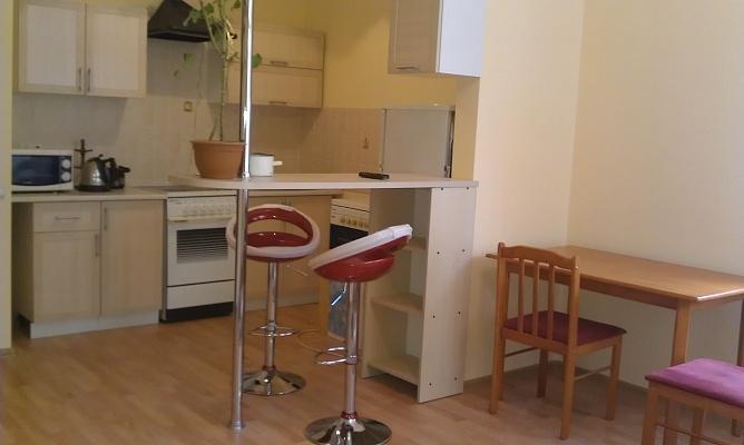 1-комнатная квартира посуточно в Львове. Зализнычный район, ул. Cтороженко, 6. Фото 1