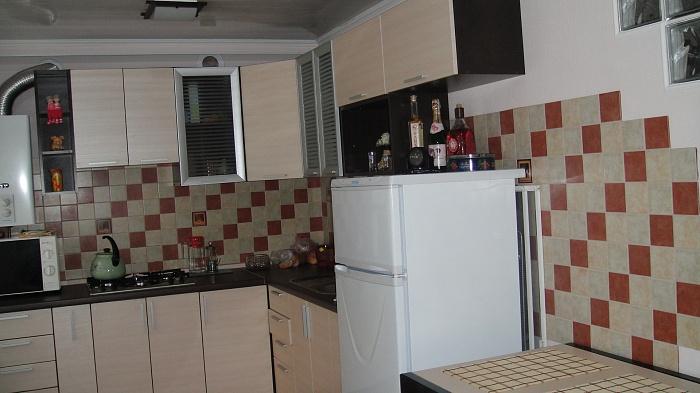 1-комнатная квартира посуточно в Донецке. Киевский район, ул Артема. Фото 1