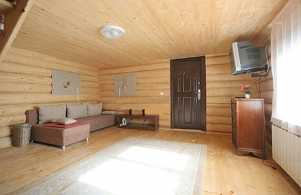 Дом  посуточно в Синевирской Поляне. урочище Верхняя Зарика, 223. Фото 1