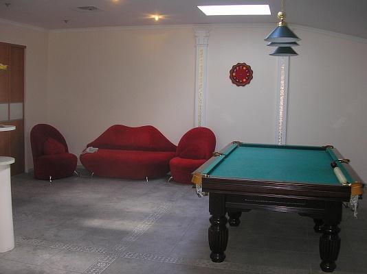 4-комнатная квартира посуточно в Одессе. Приморский район, ул. Дерибасовская, 17. Фото 1