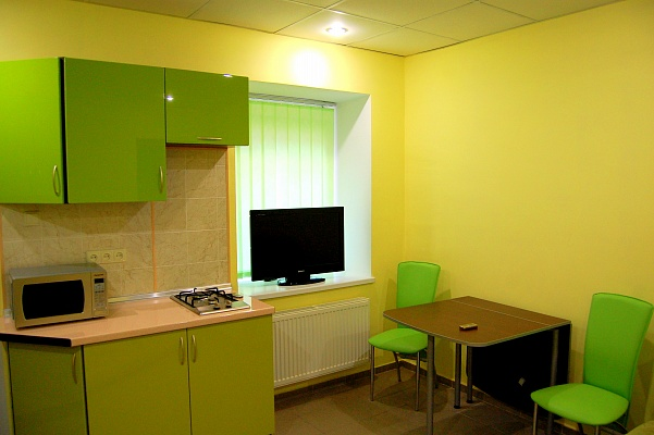 2-комнатная квартира посуточно в Одессе. Приморский район, ул. Базарная, 35. Фото 1