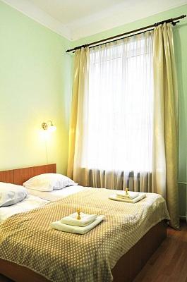 Мини-отель  посуточно в Львове. Франковский район, ул. Японская, 7. Фото 1