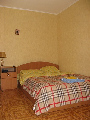 1-комнатная квартира посуточно в Николаеве. Ленинский район, ул. Южная, 51. Фото 1