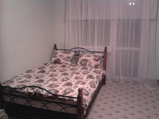 1-комнатная квартира посуточно в Симферополе. Киевский район, ул. Одесская, 9. Фото 1