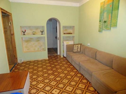 3-комнатная квартира посуточно в Лазурном. ул. Курортная. Фото 1