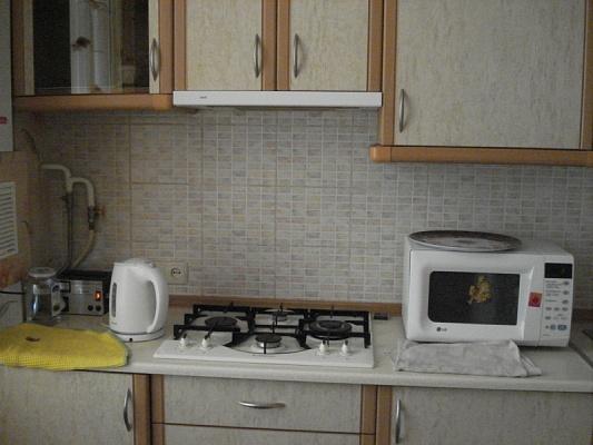 1-комнатная квартира посуточно в Одессе. Приморский район, ул. Веры Холодной, 3. Фото 1