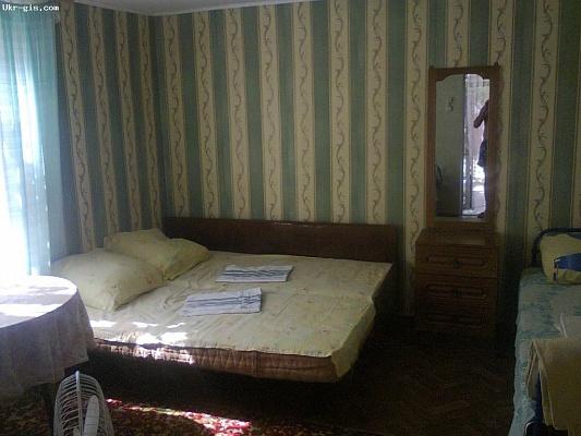 Дом  посуточно в Очакове. ул.Слободская (Цокаренко), 197. Фото 1