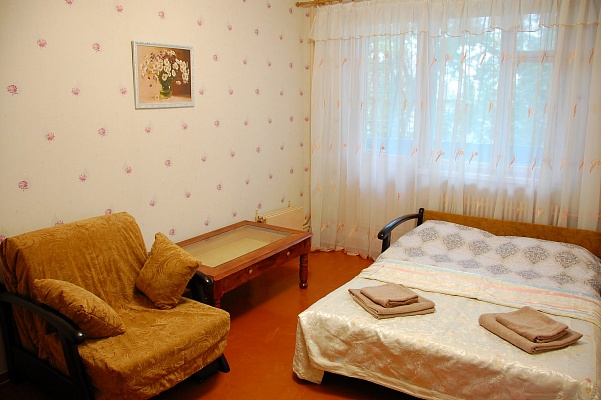1-комнатная квартира посуточно в Харькове. Дзержинский район, ул. Ленина, 41. Фото 1