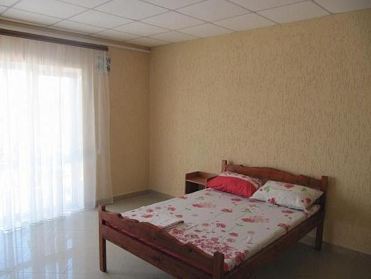 Мини-отель  посуточно в Стрелковом. ул. Ленина, 1. Фото 1