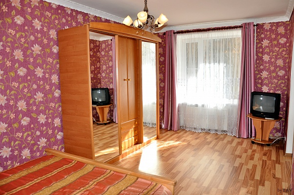 1-комнатная квартира посуточно в Измаиле. пр-т Мира (Ленина), 22Б. Фото 1