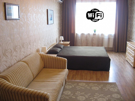1-комнатная квартира посуточно в Мариуполе. пр-т. Металлургов, 45. Фото 1