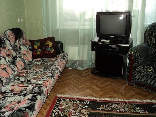 1-комнатная квартира посуточно в Днепропетровске. ж\м Фрунзенский. Фото 1