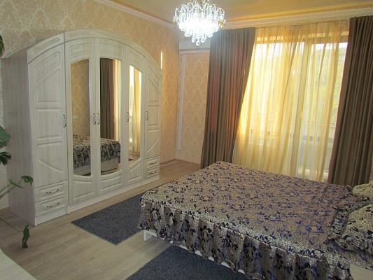 2-комнатная квартира посуточно в Одессе. Приморский район, Фонтанская дорога, 69/2. Фото 1