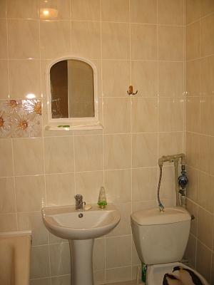 1-комнатная квартира посуточно в Миргороде. ул. Гоголя, 47. Фото 1