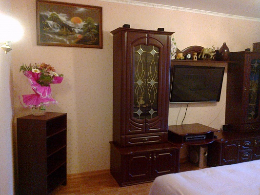 2-комнатная квартира посуточно в Алуште. ул. Пионерская, 17. Фото 1