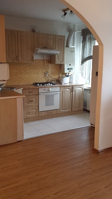 1-комнатная квартира посуточно в Тернополе. ул. Дружбы, 3. Фото 1