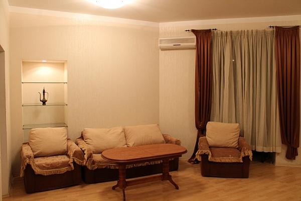 2-комнатная квартира посуточно в Одессе. Приморский район, пл. Екатерининская, 5. Фото 1