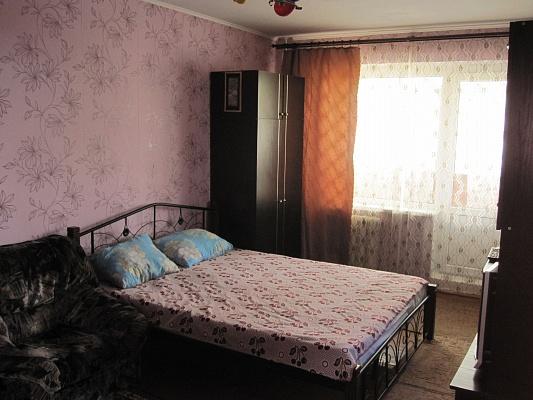 1-комнатная квартира посуточно в Керчи. ул. Свердлова, 31. Фото 1