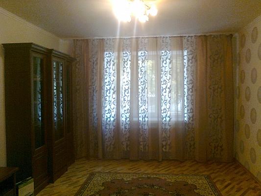 2-комнатная квартира посуточно в Сумах. Заречный район, ул. Кирова, 158\1. Фото 1