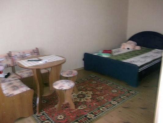 1-комнатная квартира посуточно в Северодонецке. шоссе Строителей, 5А. Фото 1