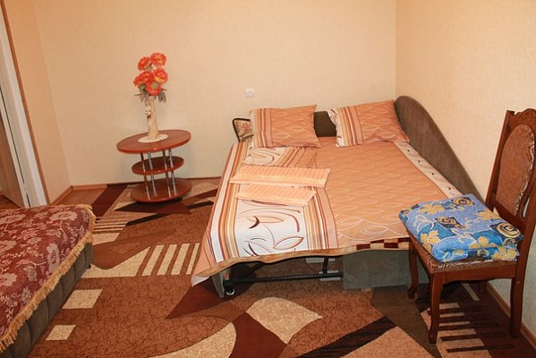 3-комнатная квартира посуточно в Южноукраинске. пр-т Независимости (Ленина), 4. Фото 1