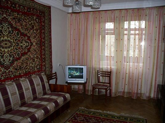 2-комнатная квартира посуточно в Николаеве. Центральный район, ул. Террасная, 18. Фото 1