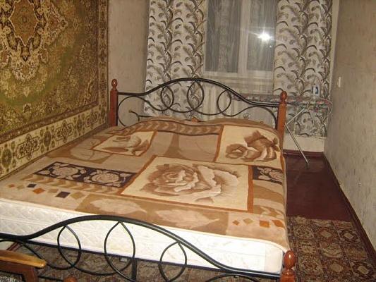 3-комнатная квартира посуточно в Краматорске. ул. Социалистическая, 69. Фото 1
