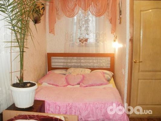 Комната  посуточно в Бердянске. ул. Первомайская, 15. Фото 1