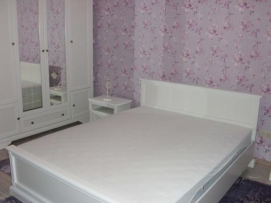 2-комнатная квартира посуточно в Трускавце. ул. Грушевского, 3. Фото 1