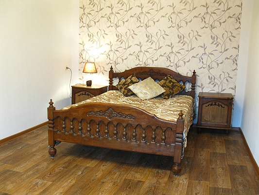 2-комнатная квартира посуточно в Николаеве. Центральный район, ул. 3-тья Слободская (Дзержинского), 26. Фото 1