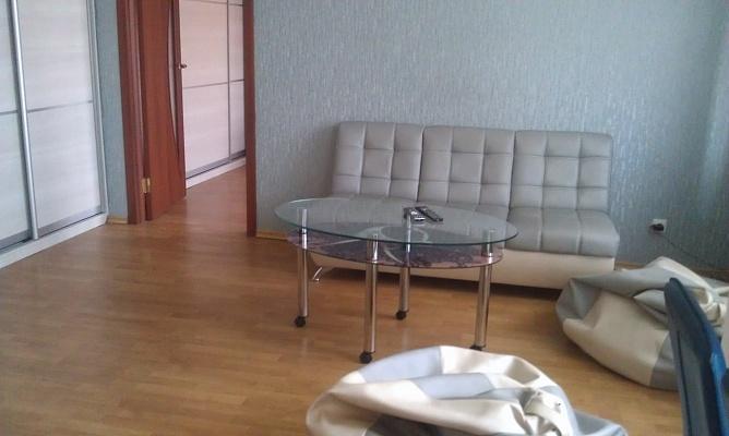 3-комнатная квартира посуточно в Запорожье. Заводской район, б-р Центральный, 4. Фото 1