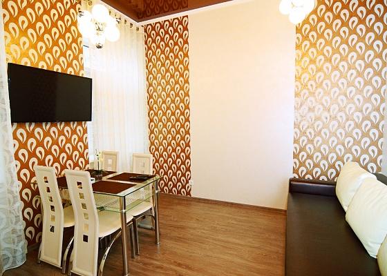 2-комнатная квартира посуточно в Одессе. Приморский район, ул. Дерибасовская, 22. Фото 1
