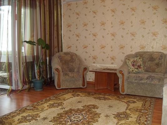 2-комнатная квартира посуточно в Партените. ул. Фрунзенское шоссе, 9. Фото 1
