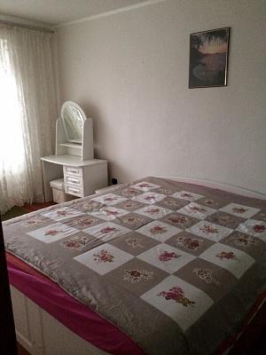 3-комнатная квартира посуточно в Хмельнике. 1Мая, 56. Фото 1