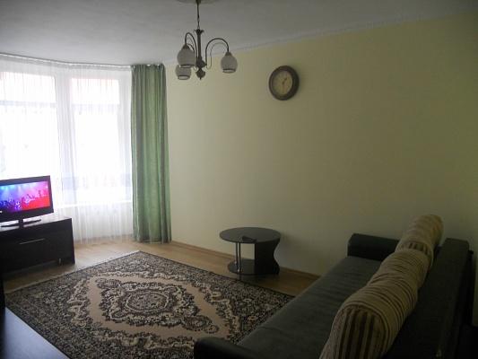 1-комнатная квартира посуточно в Трускавце. ул. С. Крушельницкой, 8. Фото 1