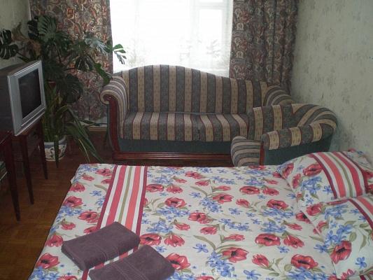 1-комнатная квартира посуточно в Киеве. Соломенский район, ул. Островского, 15. Фото 1