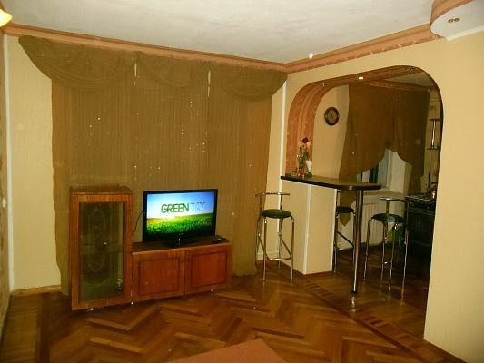 1-комнатная квартира посуточно в Харькове. Фрунзенский район, пр-т Московский, 196. Фото 1